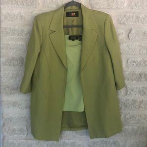Dana Buchman linen jacket size 8 with XL tank set